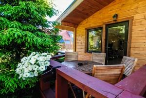 Double-sided wooden hut - Fir (Quadruple)