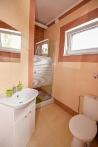 Dvivietis Nr. 1 - vonios kambarys su dušu